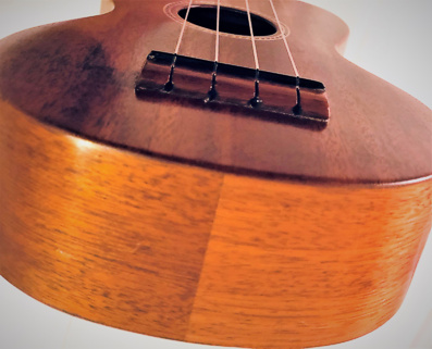 Gibson ukuele - end view