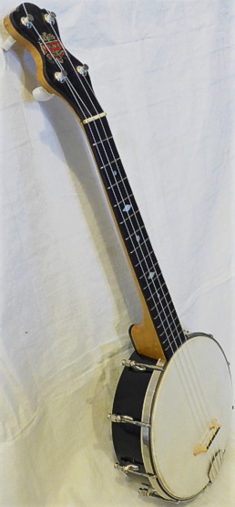 Will Van Allen long-scale banjo uke - side